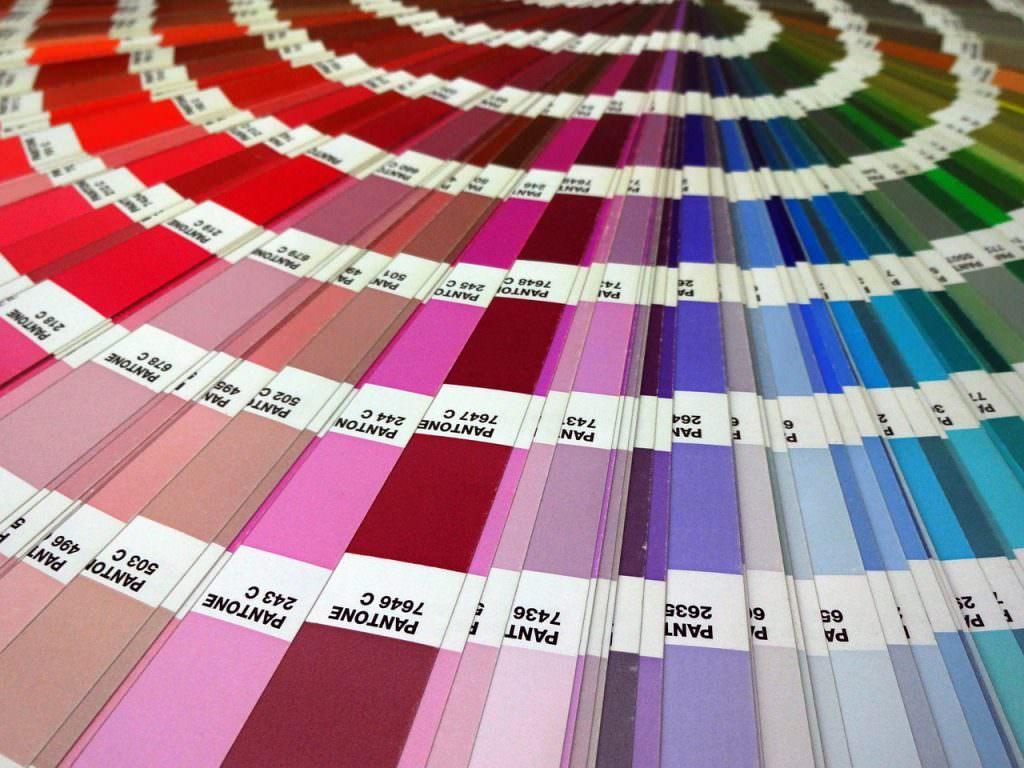 Colori Pantone, lo standard per la stampa