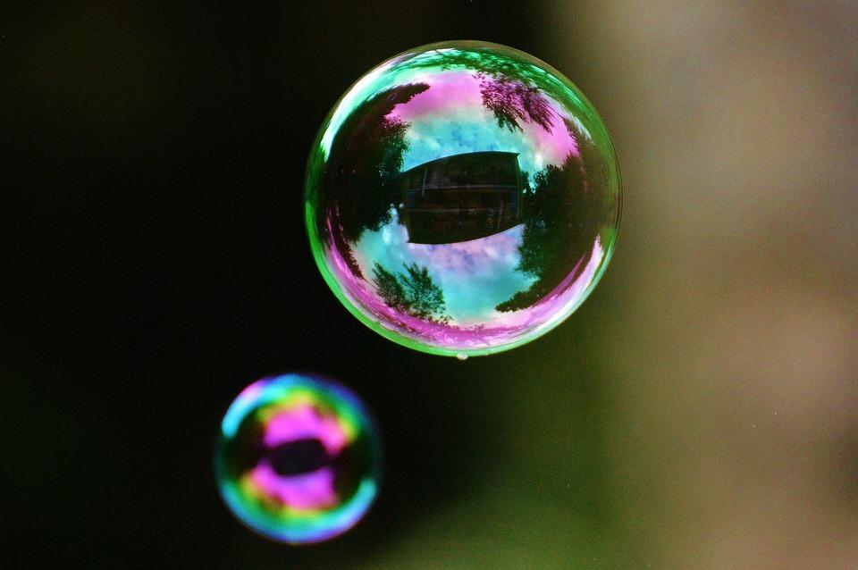 Filter bubble: la bolla che filtra i contenuti online
